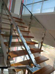 railing-tangga-kaca-stainless-8